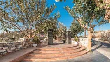 Top_Restaurants_in_Naxos_Rotonda 9